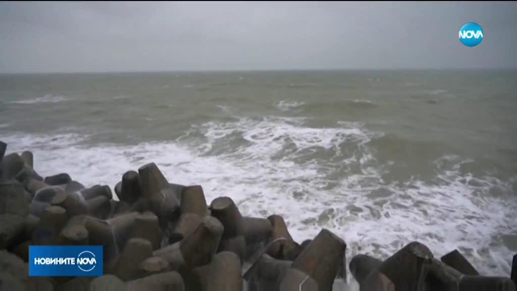 Бурен вятър в Източна България, синоптиците очакват интензивни валежи