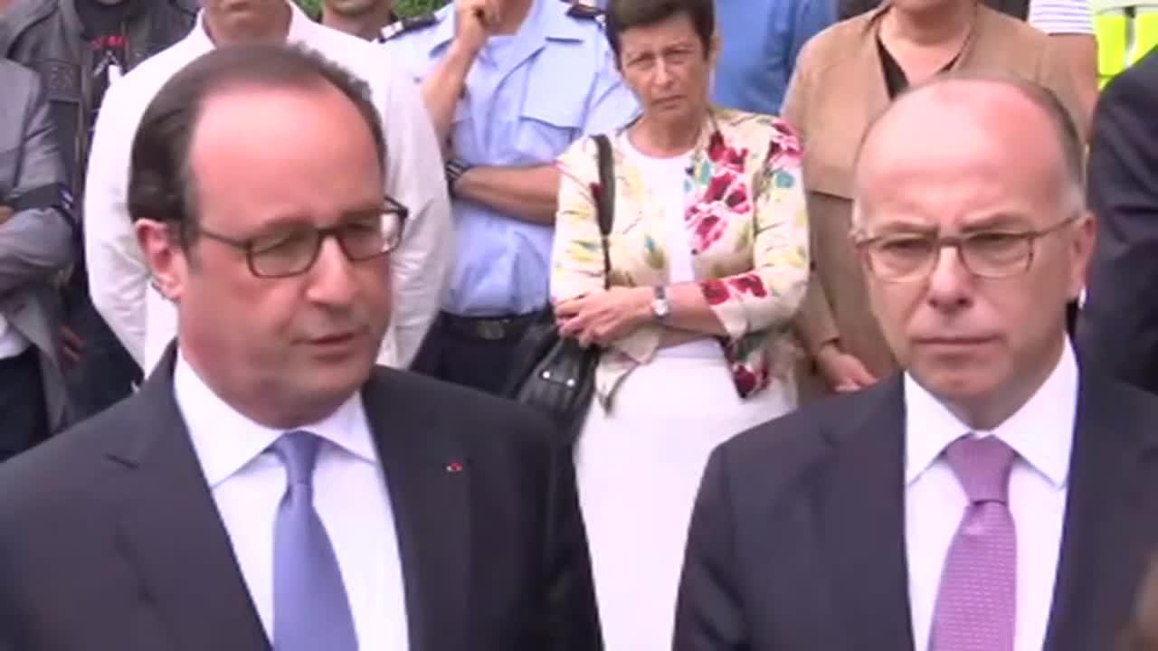 """Франция: Оланд казва, че убийците от църквата са от """"Ислямска държава"""""""