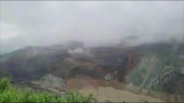 ОПУСТОШИТЕЛНА МОЩ: Свлачището, погребало 113 миньори в Мианмар