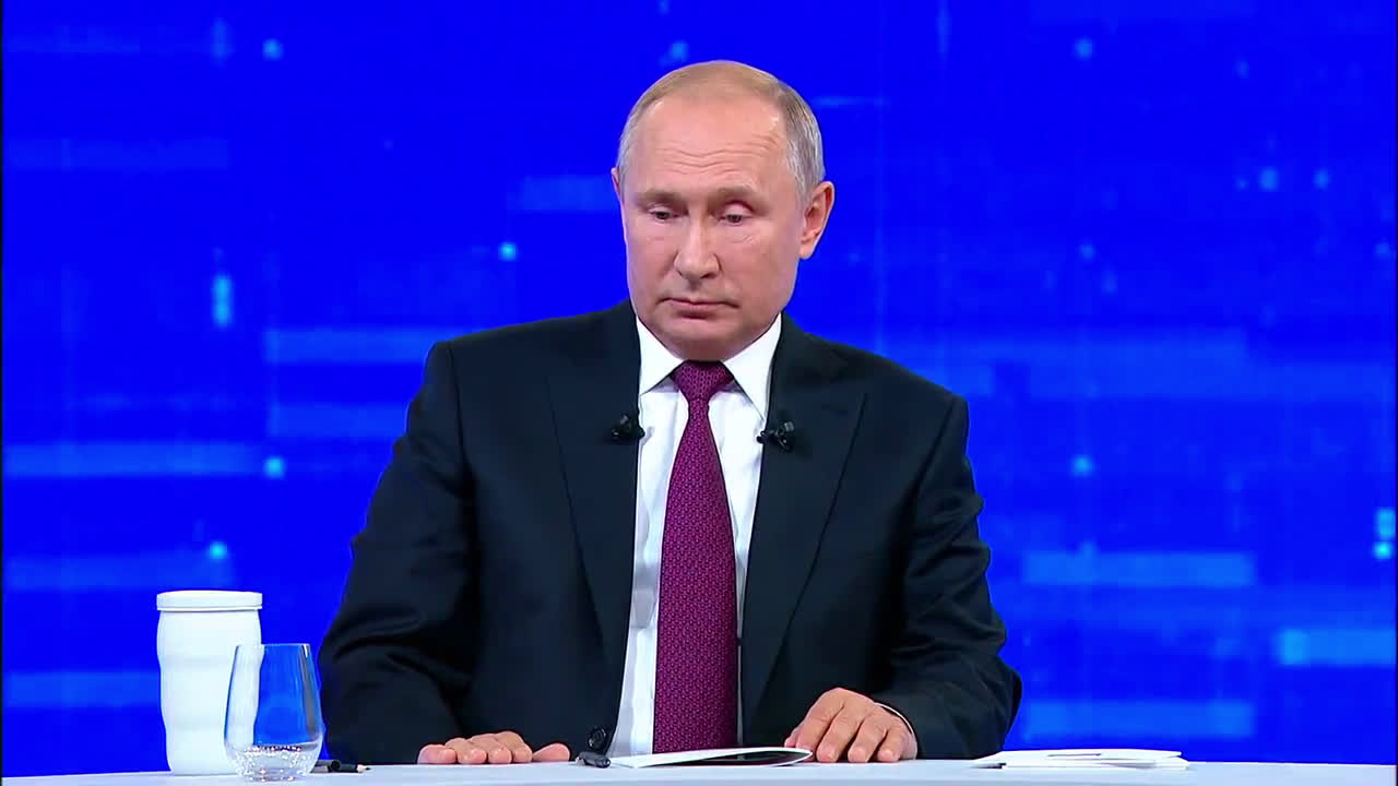 Russia:  Putin starts annual \'Direct Line\' in Moscow