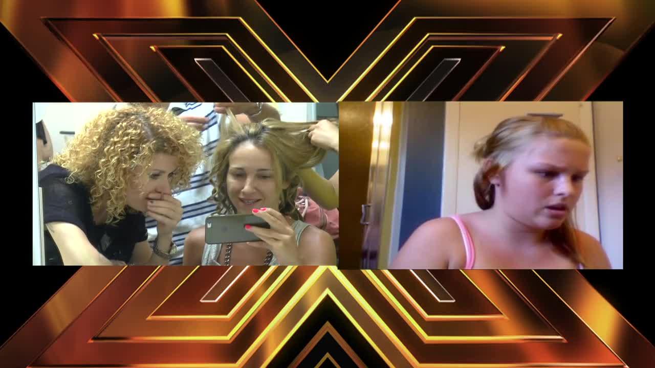 X Factor зад кулисите: Алекс и Люси гледат интернет клипчета в гримьорната