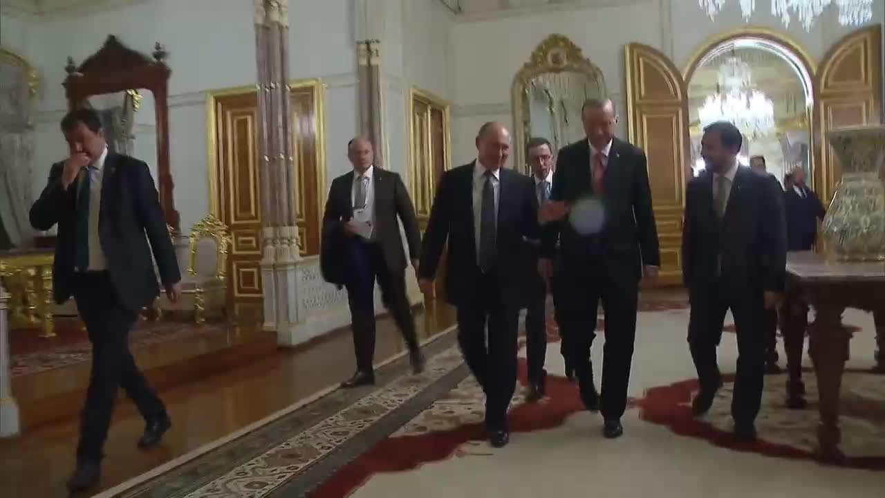 Turkey: Putin and Erdogan hold bilateral talks after TurkStream ceremony