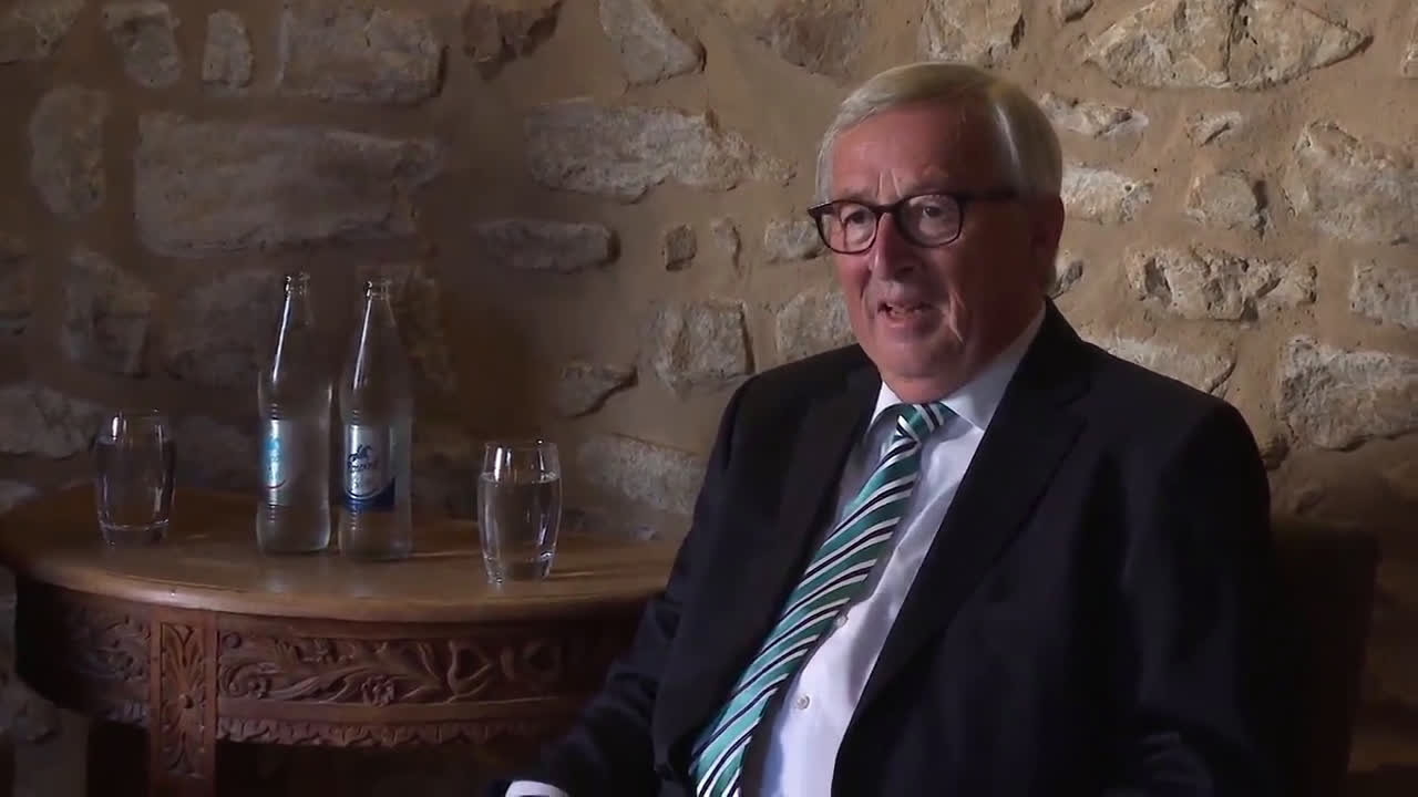 Luxembourg: Johnson and Juncker 'cautious' ahead of Brexit talks