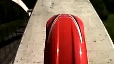 Нелегално каране на мотор в Амстердам.най - високото каране по мост.