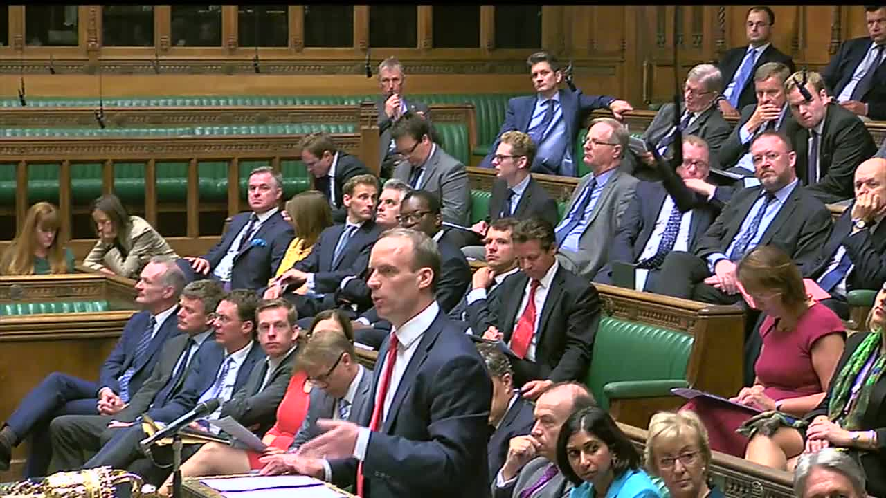 UK: House of Commons briefly suspended as Raab reports on Brexit white paper