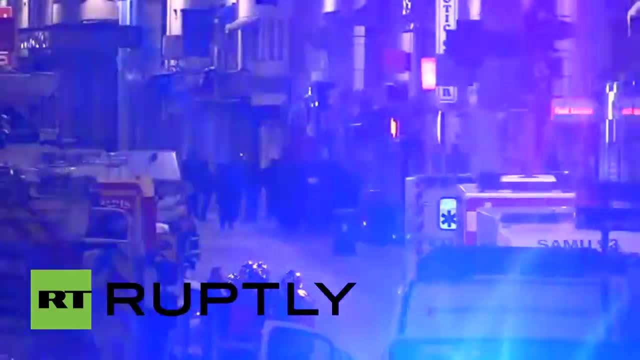 Франция: Престрелка и експлозии