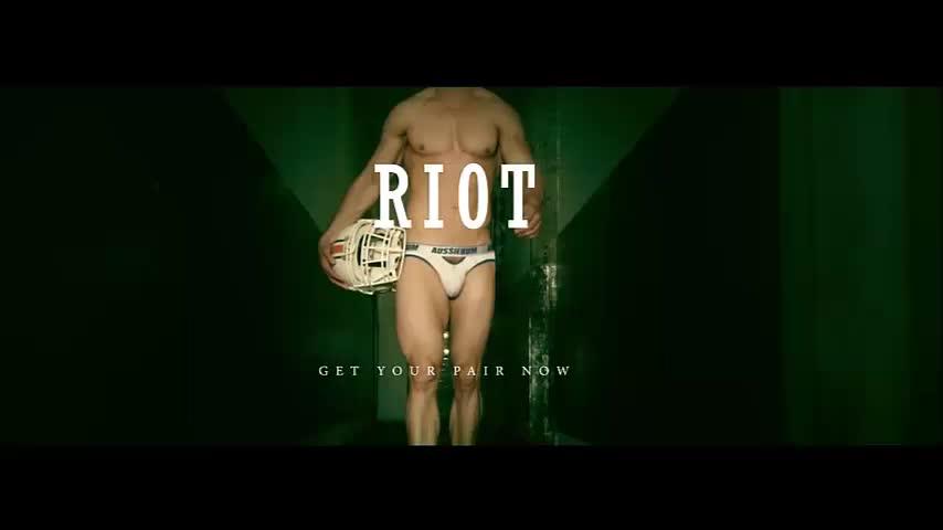 Мъжко бельо - Riot нов модел слипове и бандажи за мъже от aussiebum