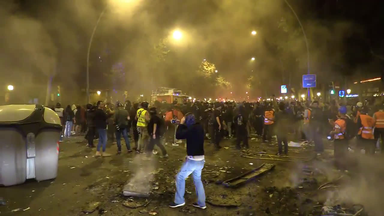Spain: Unrest continues in Barcelona after pro-independence leaders jailed