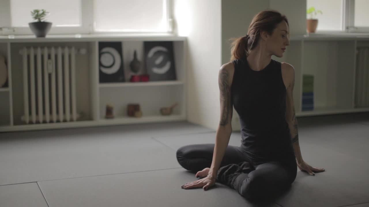 Хармония и щастие чрез #йога!
