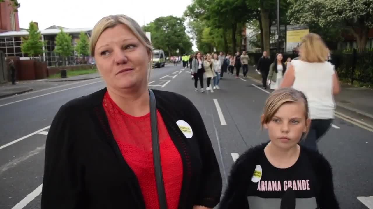 Близо 50 хиляди души отидоха на концерта на Ариана Гранде в Манчестър