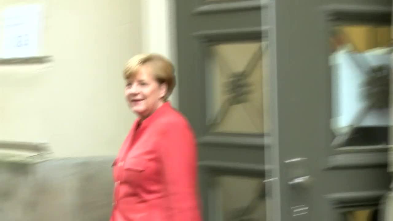 Germany: Merkel arrives to cast her vote in Berlin