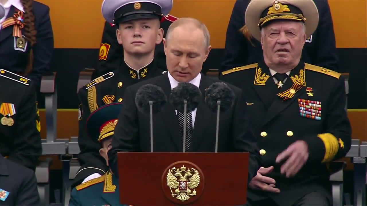 Russia: Putin delivers address to nation from Red Square