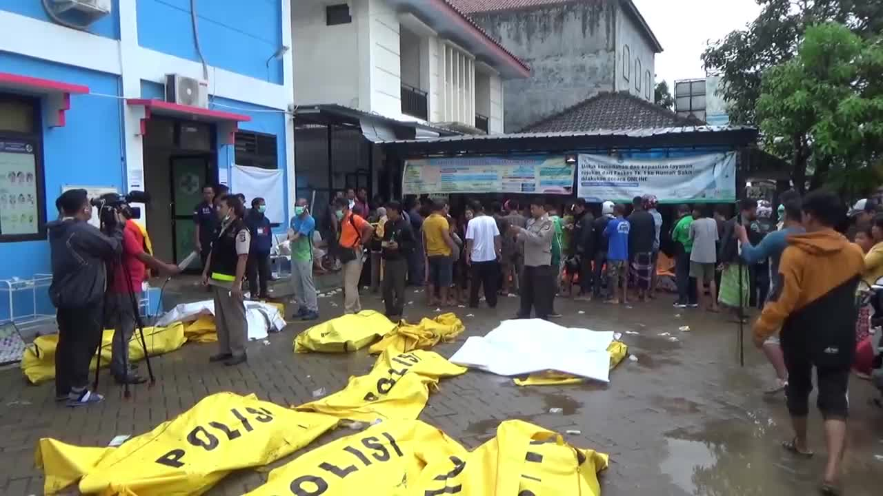 Дрон показва последствията от цунамито в Индонезия