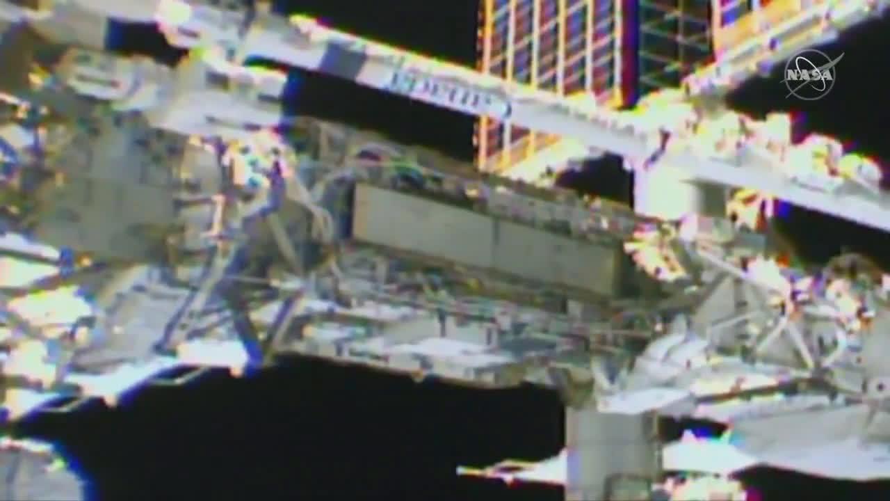 ISS: NASA spacewalkers install new solar batteries