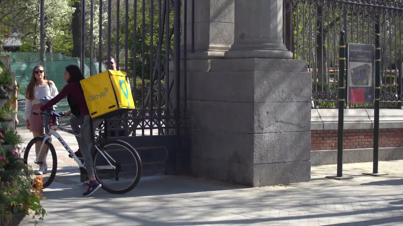Spain: Madrid closes all city parks to try to stop coronavirus spread