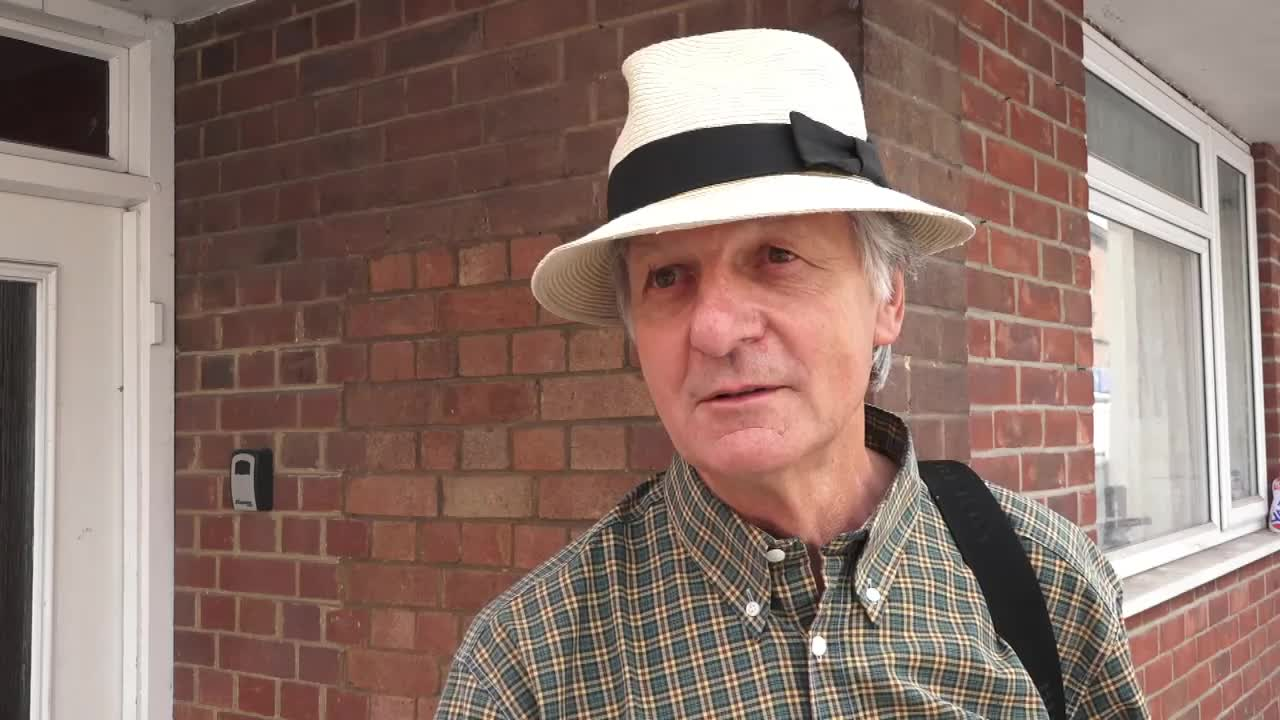 UK: Salisbury residents react to developments in Novichok case