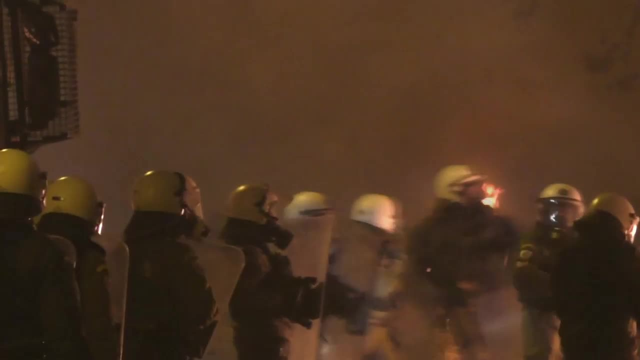 Greece: Athens ablaze on anniversary of teen police shooting death