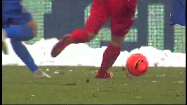 ВИДЕО: Серджиу Буш наказа тежко Левски – 2:0 в края на първото полувреме