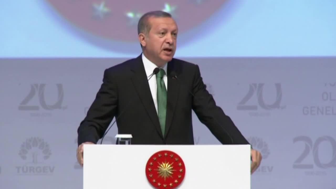 Ердоган: Никое мюсюлманско семейство не трябва да се занимава с контрол на раждаемостта