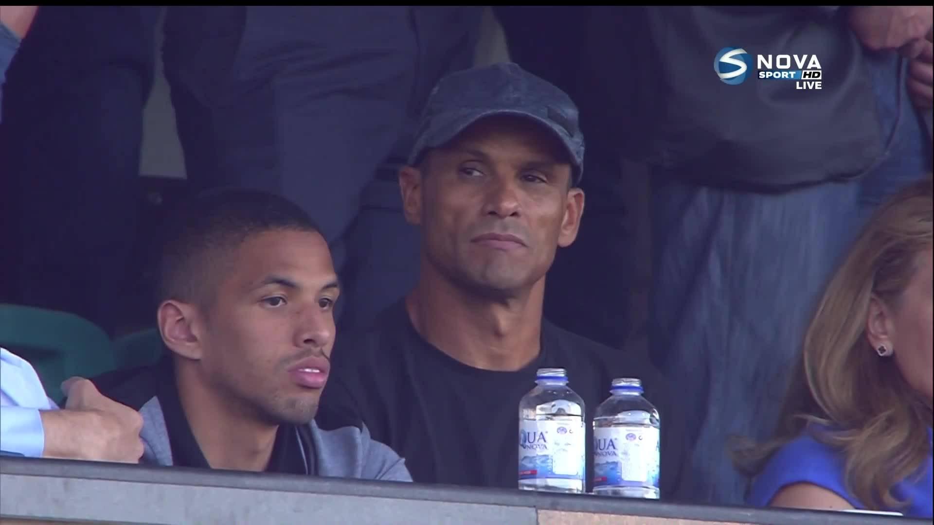 Ривалдо и Спас Русев гледат финала за Купата