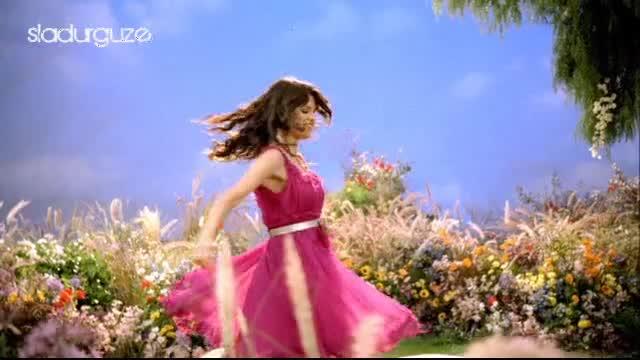 Selena Gomez - Fly To Your Heart ( Високо Качество )