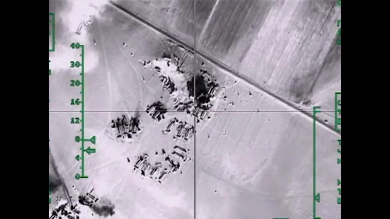 Syria: Russian Air Force jets eliminate IS oil storage units