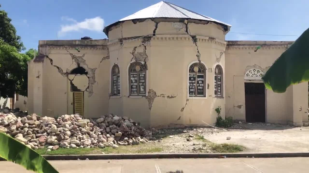 Haiti: Buildings razed to the ground following earthquake that killed more than 300