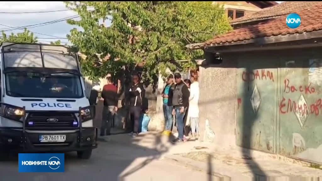 Пияни мъже потрошиха полицейска патрулка в Куклен