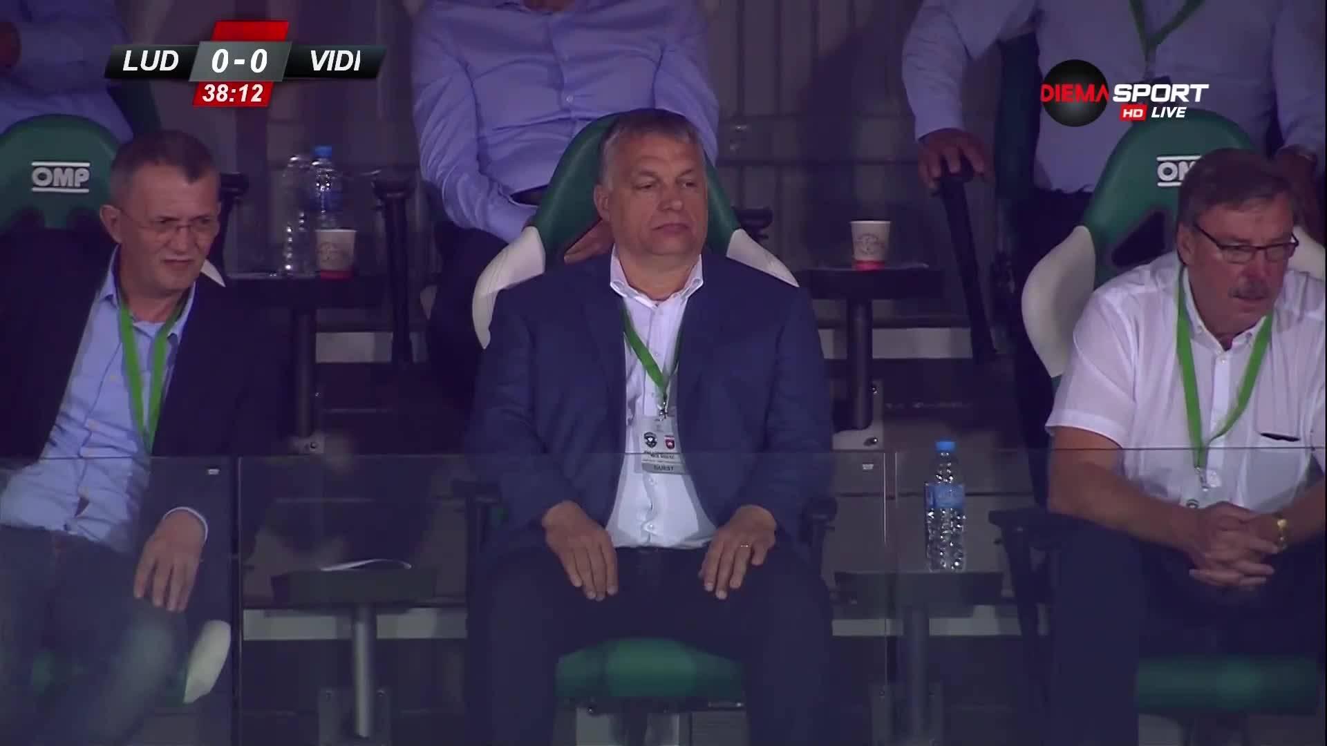 Виктор Орбан наблюдава двубоя между Лудогорец и Видеотон