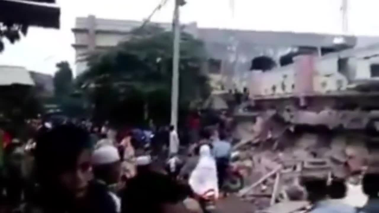 Indonesia: Rescue workers search for survivors after 6.5 magnitude earthquake
