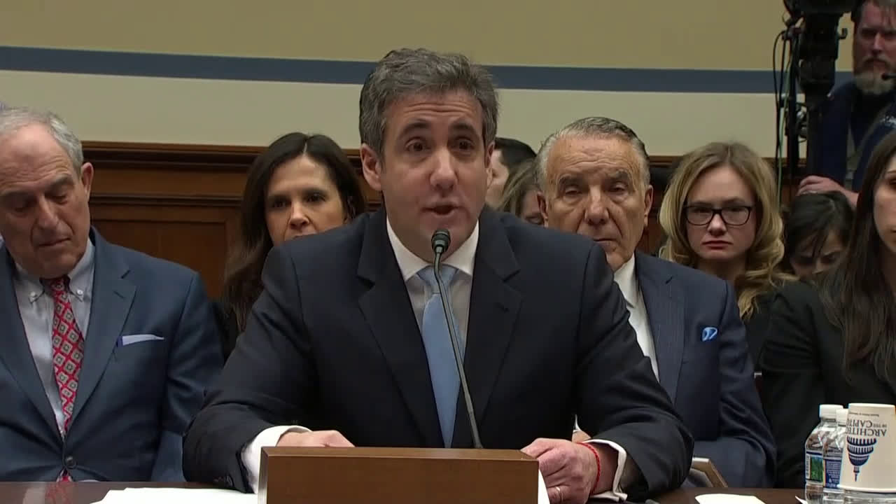 USA: Cohen says Trump asked him to threaten people 500 times