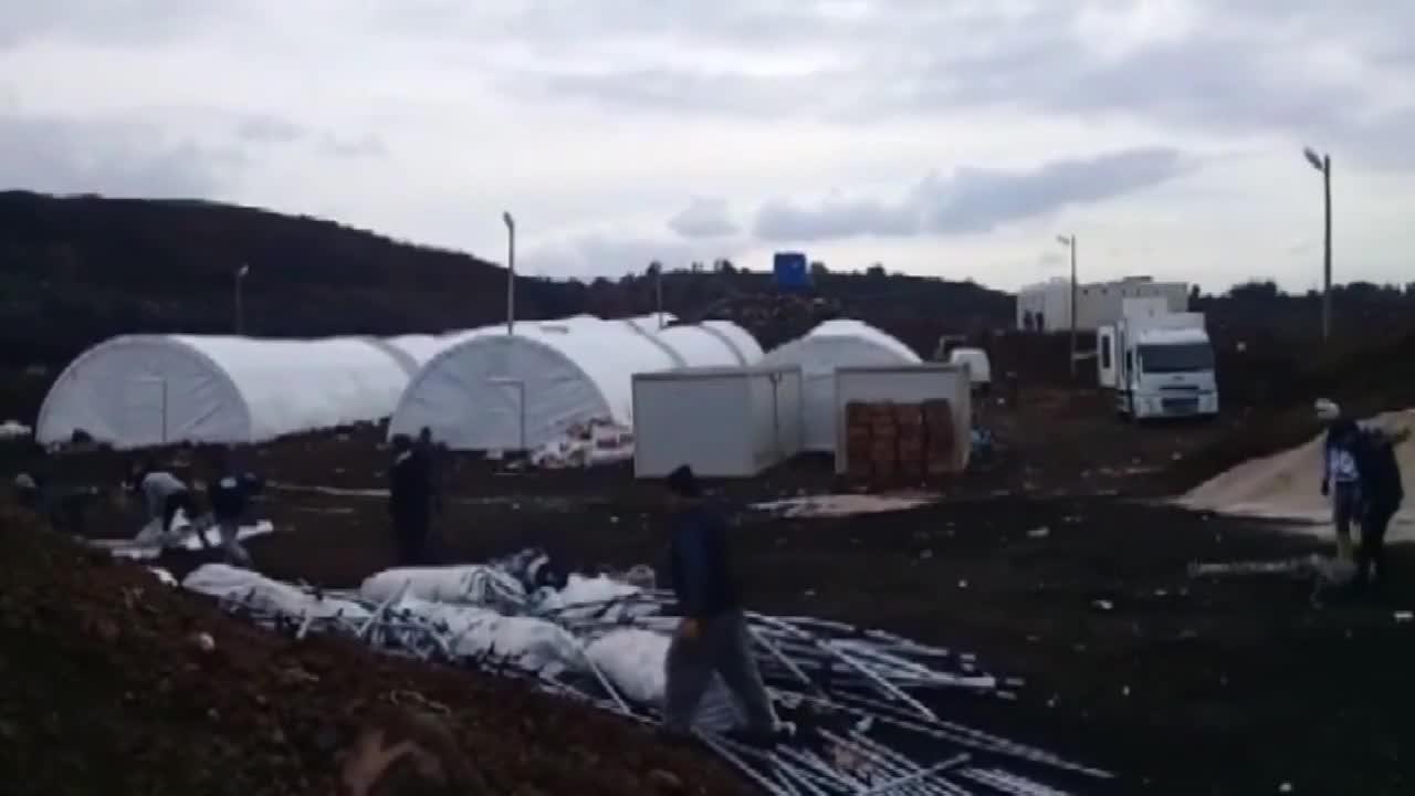 Turkey: Turkish military vehicles on way to Syrian Kurdish-held province of Afrin