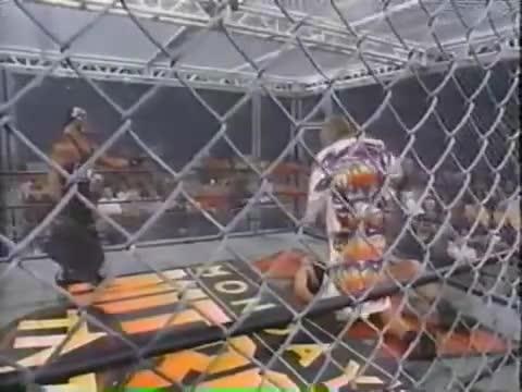 Гиганта срещу Ултимит Уориър мач в Стоманена Клетка - Wcw Nitro