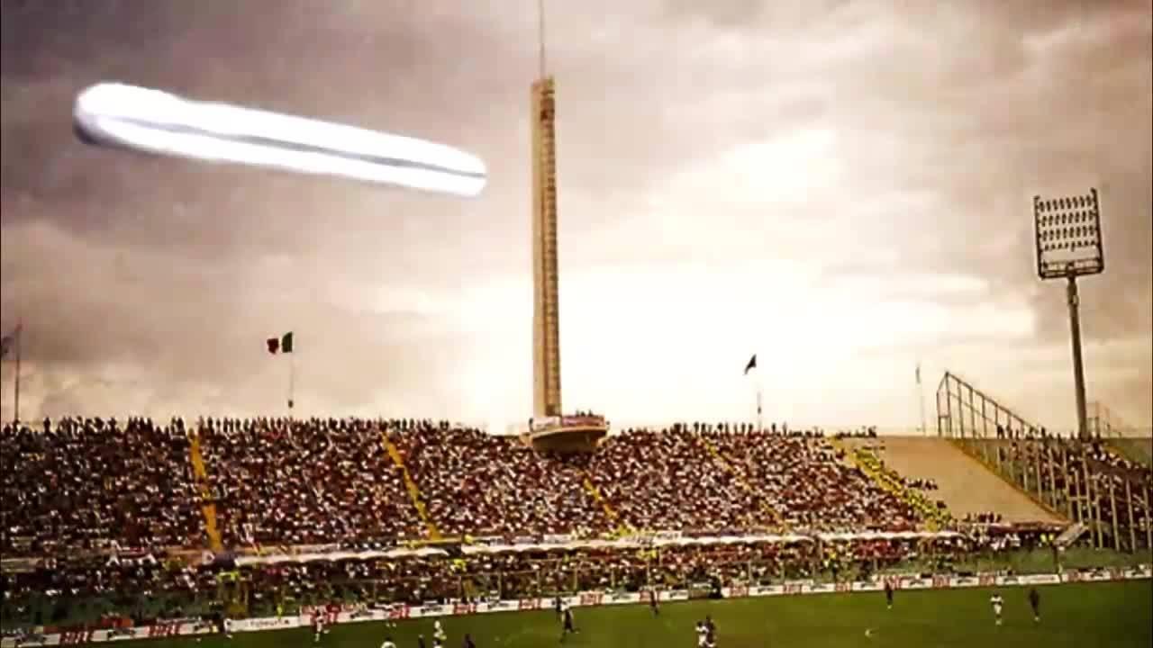 НЛО спря футболен мач във Флоренция