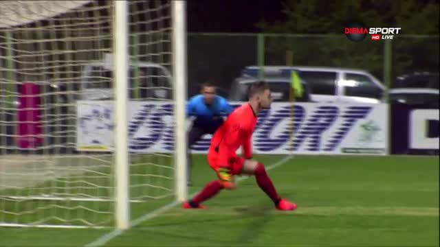 Вратарят на Локо ГО: Ще останем в Първа лига