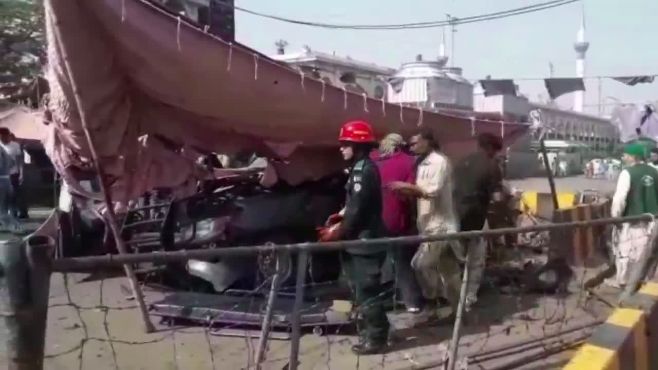 Pakistan: At least eight dead, several wounded in Lahore explosion near Sufi shrine
