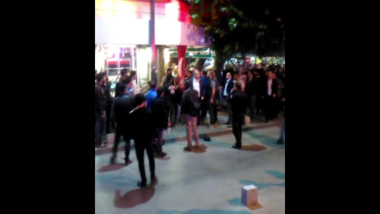 Демонстранти против Ердоган бяха задържани в Измир