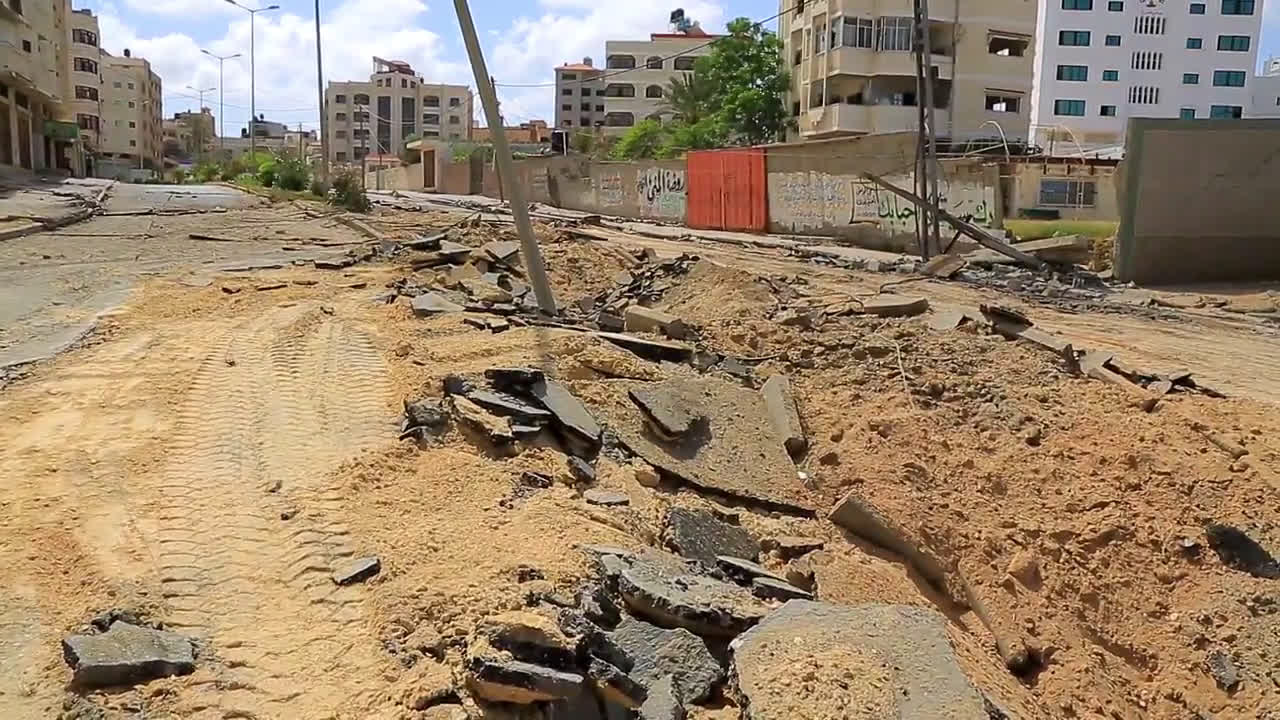 State of Palestine: Gaza streets in ruins after deadliest night of Israeli bombings since start of crisis