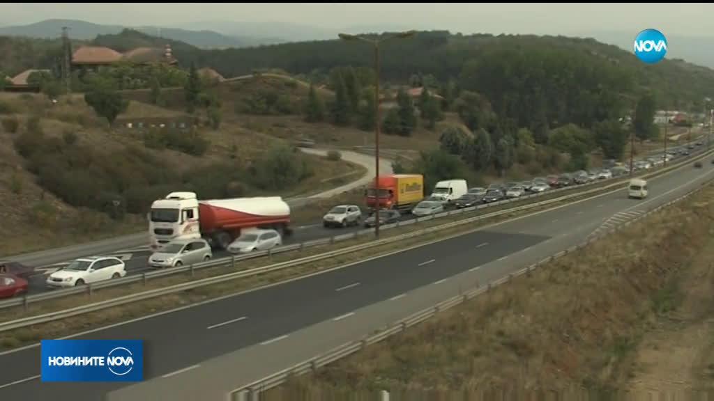 "Ограничават движението в тунел ""Ечемишка"" в посока Варна"