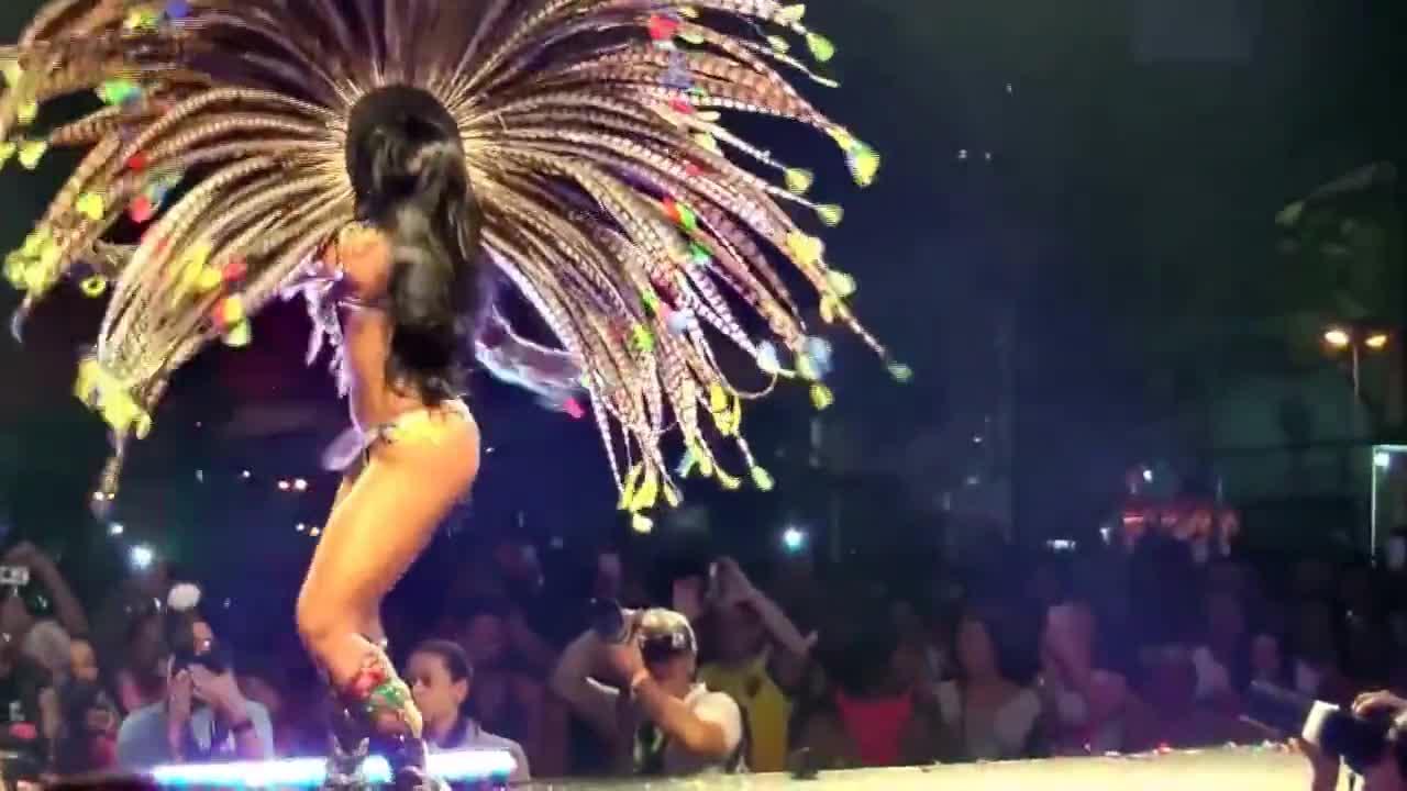 Най-големите красавици от карнавала в Рио!