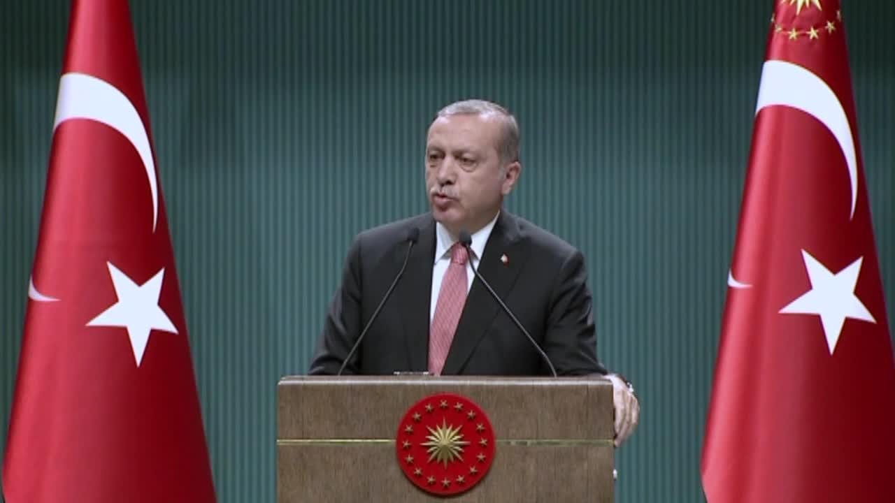 Ердоган обяви извънредно положение в Турция