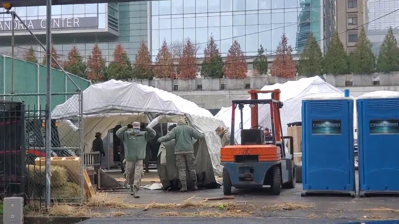 USA: Makeshift morgue built in NYC amid coronavirus surge