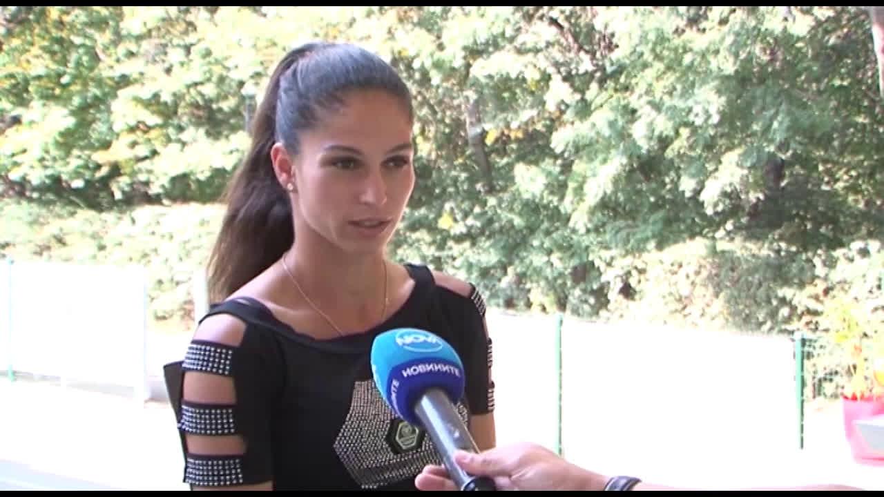 Шиникова: Иска ми се да вървя по стъпките на най-големите