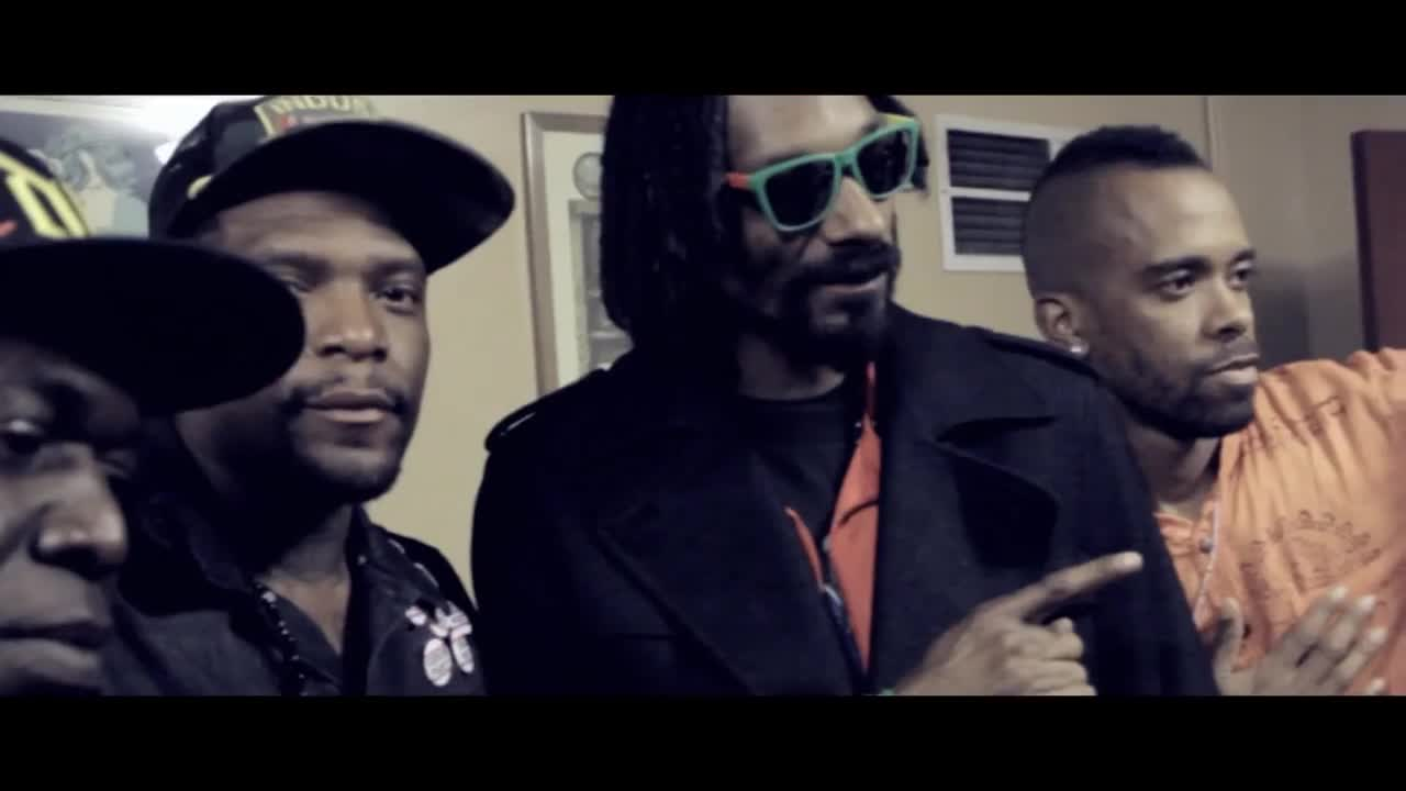 Snoop Lion ft. Collie Buddz - Smoke The Weed в Renesmee and Jacobs ...