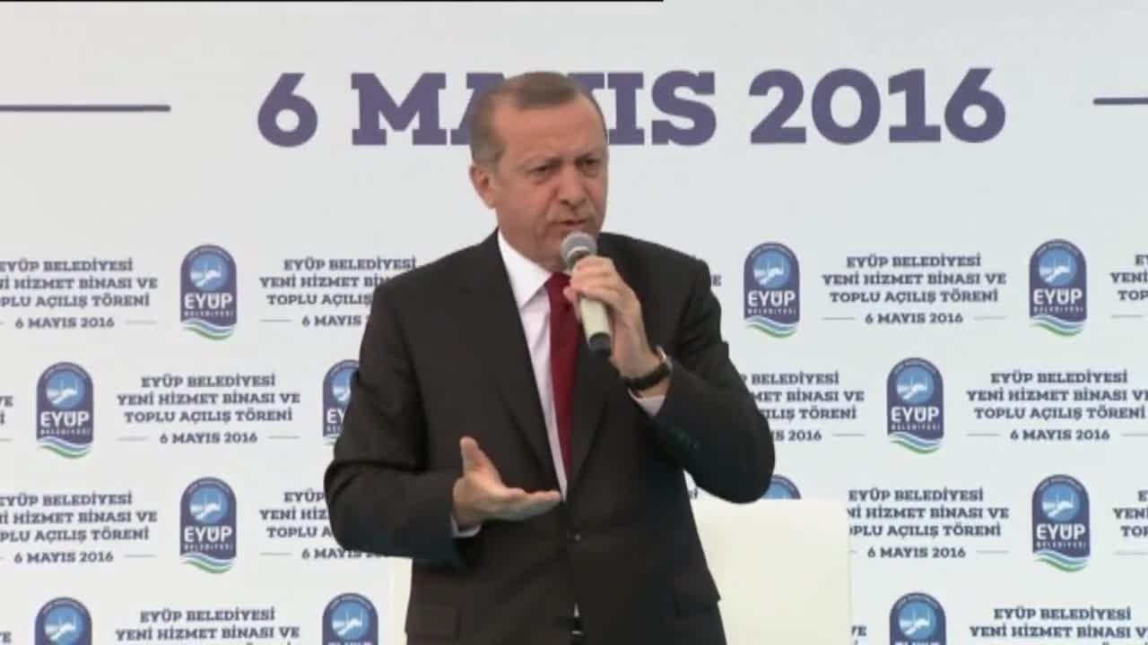 Турция: Ердоган втвърдява позицията си към ЕС след оставката на Давутоглу