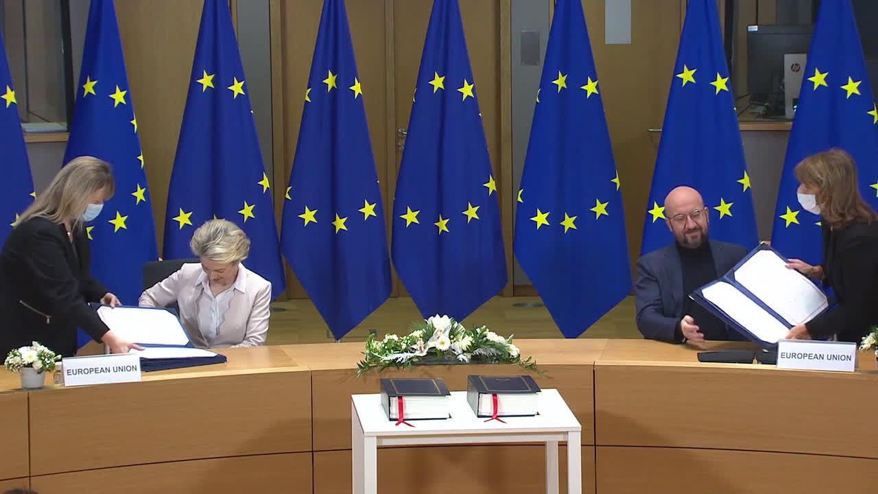 Belgium: Von der Leyen and Michel sign Brexit deal