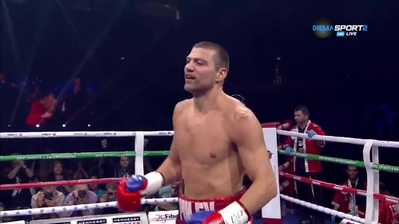 Тервел Пулев с първа титла при професионалистите