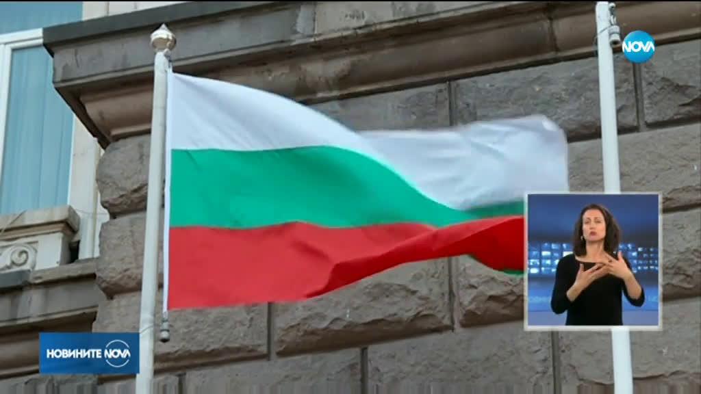 Министър Захариева отговори на критиките на Радев