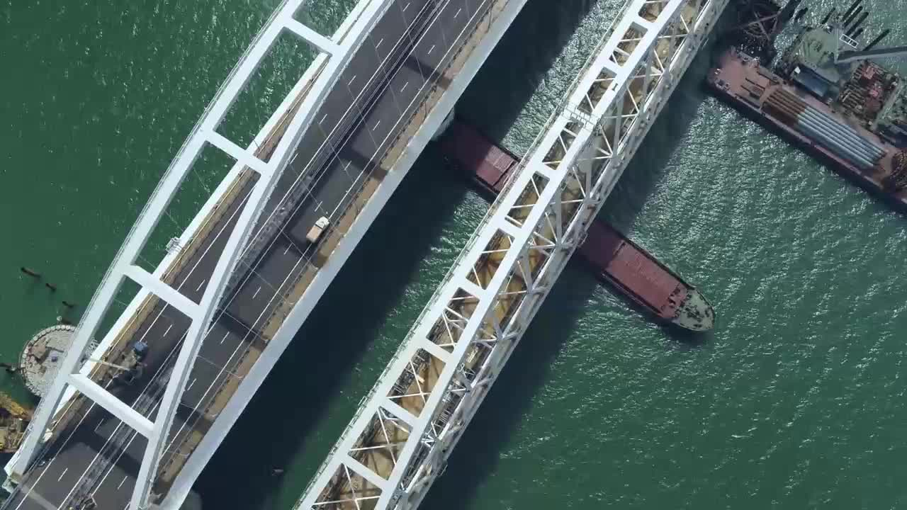 Drone footage captures opening day of Kerch Strait Bridge