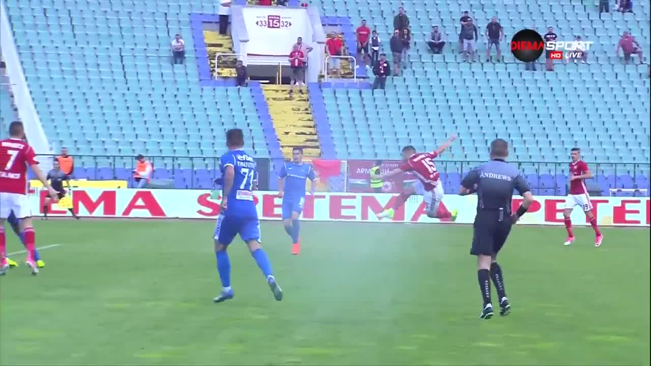 Гол на Кристиян Малинов от ЦСКА във вратата на Левски